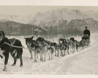 vintage photo Seward & Susitna Alaska Dog Sled in Snow Mail Team Gordon Photo RPPC