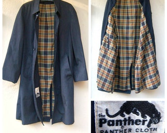 "Vintage mens rain coat / 60s 70s trench coat / long grey overcoat / plaid lining / 44"" chest, mens large"