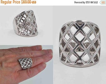 ON SALE Vintage Elle Sterling Silver Wide Band Ring, Ruby Trademark, Lattice, 3D, Woven, Crisscross, Modernist, Size 7, Amazing Ring! #b921