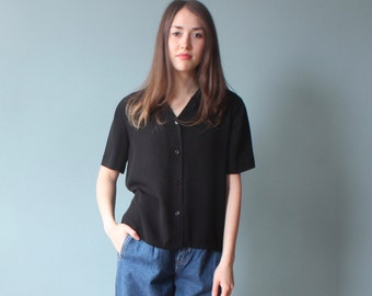 black short sleeve top | button up box top | 1990s small