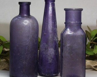 Vintage PURPLE BOTTLE Lot - Amethyst Antique Bottles- Instant Collection- Large Bottles- Wedding Table Decor- B16