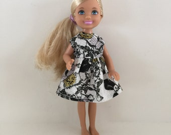 Handmade Chelsea and Friends Size Clothes Dress (S621)