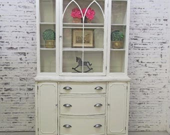 China Cabinet / Bookcase, Distressed White Classic Cottage Style  - CB502 Chippy Shabby Farmhouse Chic