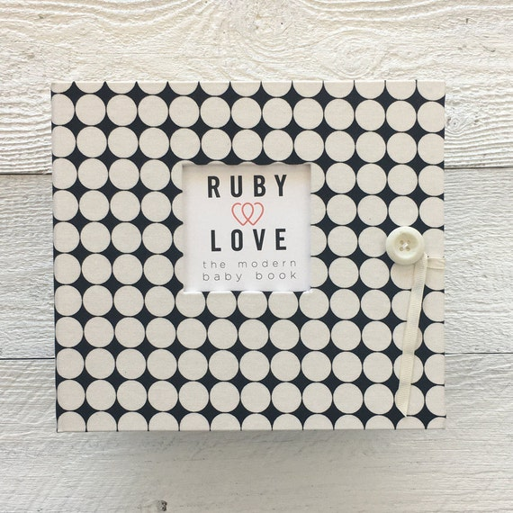 Black and White Dotty | BABY BOOK