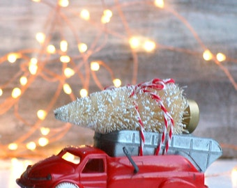 Vintage Red Truck Christmas Tree Bottle Brush Tree Country Farmhouse Christmas Decor Toy Truck