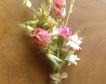 Pink Fields. boutonniere with Aveena, pink pods, lavender and ammobium