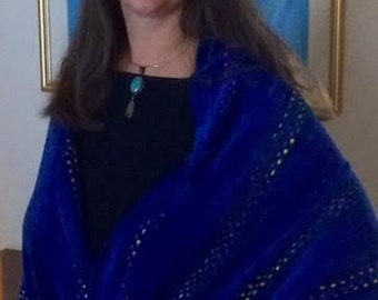 Handwoven Blue Twist Wrap