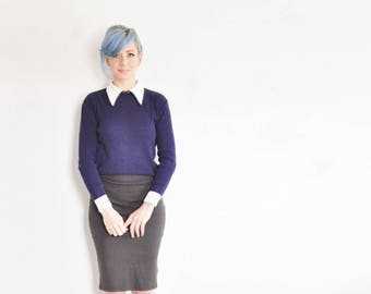 retro navy knit sweater top . pointy collar . mod wednesday addams .small.medium