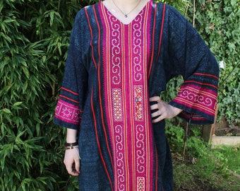 70s Mexican Dress, Boho Dress Caftan, Kaftan, Guatemalan Dress, Chambray Dress, Embroidered Dress, Bell Sleeves, Ethnic Dress, Peasant Dress