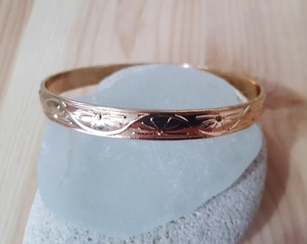New Listing Sale... 14k Rose Gold Filled Bangle Etched Bangle Bracelet. Rose Gold Bangle. Rose Gold Bracelet. Israel Jewelry.  Gold Filled