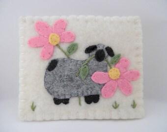 Needle Book Felt Flower Sheep Case Needlebook Pins Pincushion Penny Rug