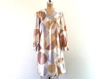 Vintage 1960s Mod Dress Geometric Print Space Age Shift Dress Balloon Sleeves M/L