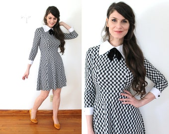 Reserved 60s Mini Dress / 1960s Dress / 60s Black and White Peter Pan Collar Gingham Dress