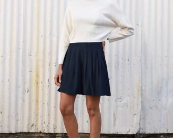Vintage Giorgio Armani Navy High Waisted 1990's Minimalist Pleated Wide Leg Shorts S/M 28
