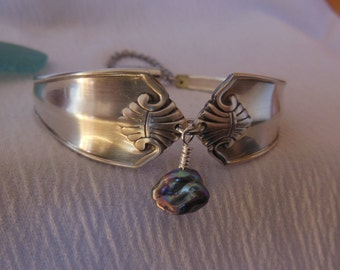 Antique Spoon Bracelet with Keshi Pearl      8 inch
