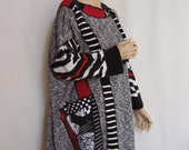 XL to 3X Black White Poncho
