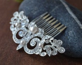 Bridal pearl Hair Comb, Wedding Hair comb, Wedding Hair Accessories,Pearl and Crystal comb, rhinestone comb, Bridal Crystal hair comb,