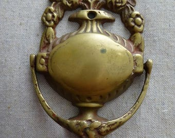Ornate Vintage Brass Metal Door Knocker   Flowers And Garland Design