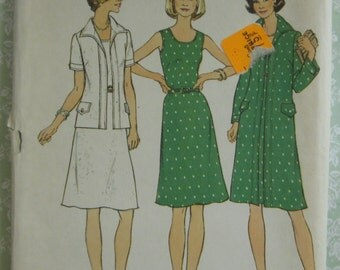 Vintage 1970's Women's Half-Size Dress and Jacket (in two lengths) Sizes 18-1/2 and 20-1/2 Simplicity Pattern 6856 UNCUT