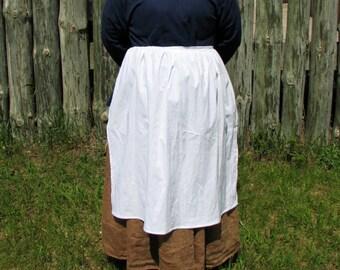 Woman's White Cotton Apron - Colonial