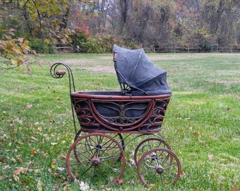 Vintage Baby Doll Carriage / Victorian-Style Doll Carriage / Doll Display / Photography Prop / Store Display