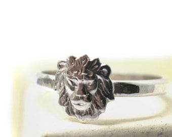 Sterling Silver Lion Ring, Personalized Band, Big Cat Ring, Secret Message, Personal Inscription, Custom Engraved Wild Animal Charm Jewelry