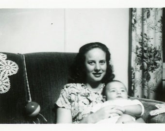 """Vintage Photo """"Young Mother of Cleveland"""" Snapshot Antique Photo Old Black & White Photograph Found Paper Ephemera Vernacular - 42"""