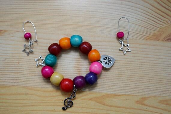 Girls set,girls bracelet,wood bracelet,girls earrings,children bracelet,heart bangle,girls jewelry set,girl bracelet,girl earrings