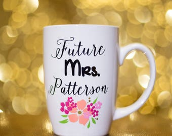 Future Mrs. Coffee mug with flower design. Personalized coffee mug Engagement gift.Bride. She said yes. Engagement announcement. Bride to be