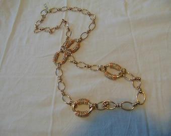 vintage FRAGMENTS mfg. coral pink clear crystal links necklace unused mint