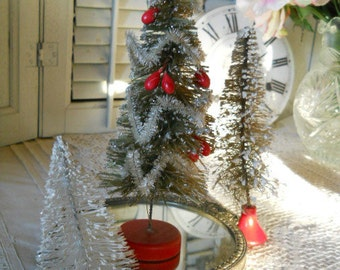 3 Vintage Bottle Brush Christmas Trees 2 Red Wood Bases, Berries Pipe Cleaner Trim Snow Frosted Tips All 3 Trees are Shades of White 1950's