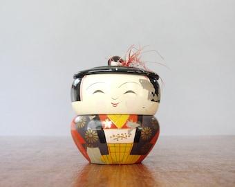 Vintage Japanese Lacquerware Figural Box Girl Woman