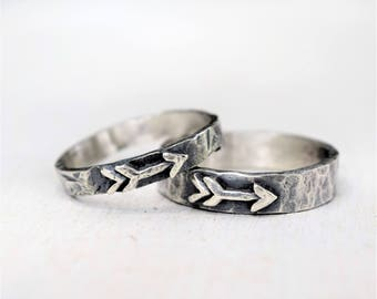 Pair of Rustic Hammered Arrow Rings - Mother Daughter - Couples - Unisex - Boho Jewelry - Hammered Silver - Bohemian Rings