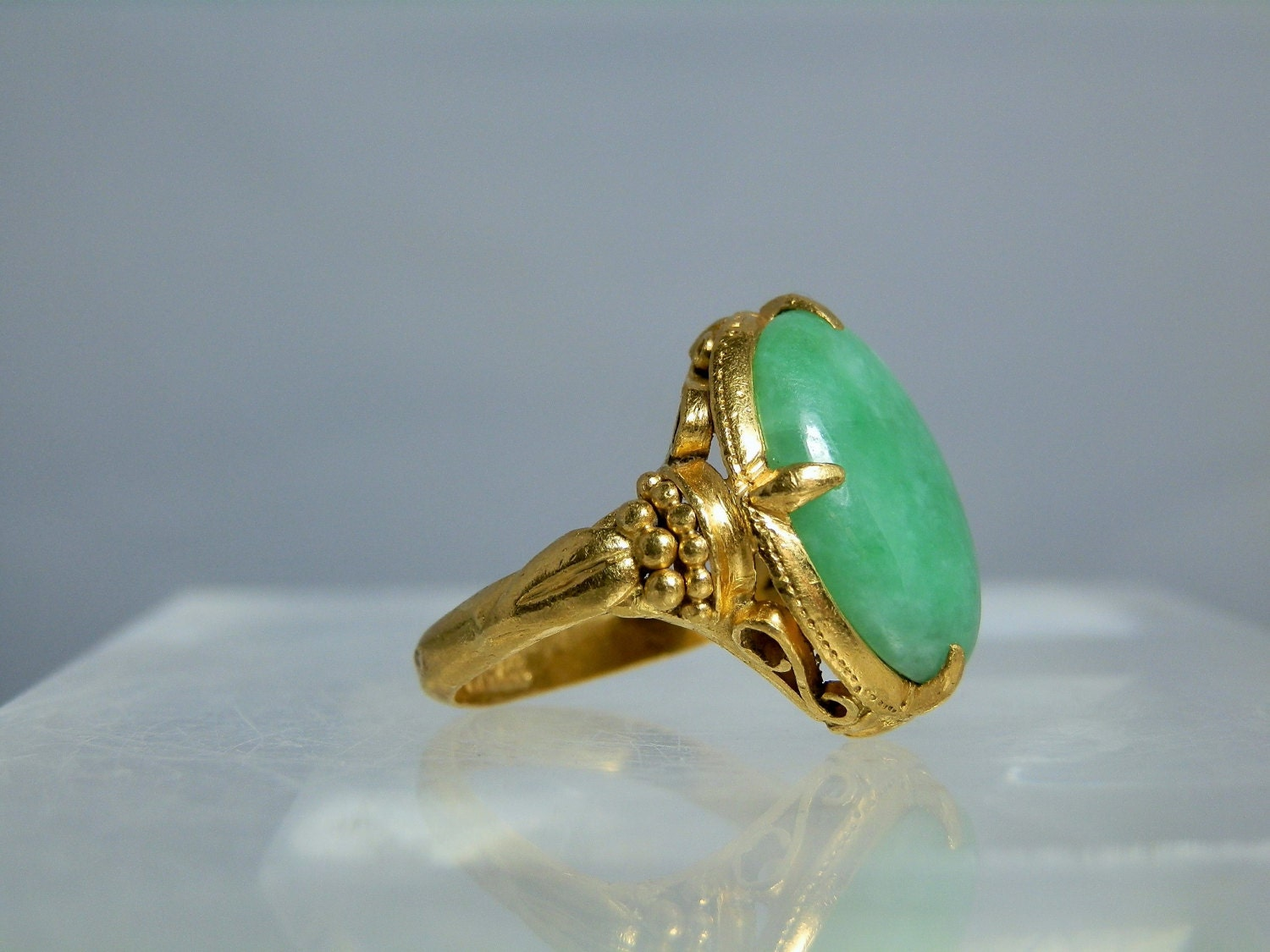 antique 22k gold apple color jade ring size 6