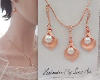 Rose gold Calla Lily jewelry set, Rose gold necklace and earrings set, Freshwater pearl set, Rose gold jewelry set- Brides jewelry set. GIFT