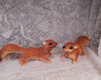 Vintage Artmark Ceramic Squirrel Pair Tree Climbing Squirrels MINT