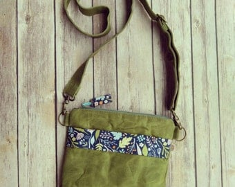 Small Crossbody purse|Floral fabric bag|Green waxed canvas purse|canvas crossbody purse