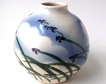 Art Pottery Floral Vase Crandall, 1960s Design, Signed, Art Pottery, Excellent Condition, Irises