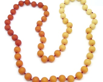 Vintage Frosted Lucite Orange & Red Resin Knotted Bead Necklace