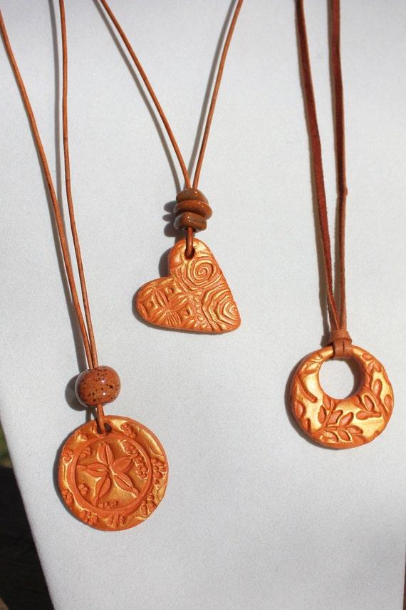 Terracotta Neck Pendant Diffuser ~ Terra cotta essential oil diffuser pendant clay