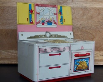 Vintage Tin Toy Kitchen Stove Oven || Ohio Art Co., Bryan, Ohio
