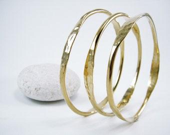 Hammered stackable bangle Gold Stack Bracelet Rustic bangle gold stacking bangle Hammered gold bangle