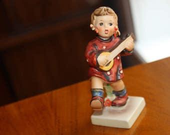 Vintage Hummel/Goebel HAPPINESS GIRL  Figurine