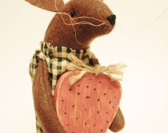 Primitive Mouse with Strawberry - Made To Order, Primitive Spring Decor, Strawberry Mouse Country Decor