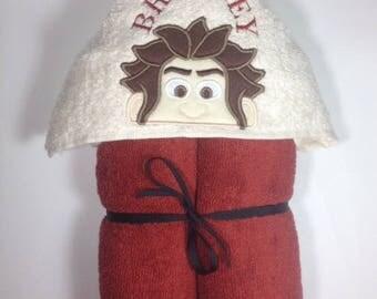 Wreck it Ralph Hooded Bath Towel, Hooded Kids Towel, Ralph, Bathtime, Wreck it Ralph Peeker, Birthday Gift, Bath, Wreck-it-Ralph, Kids, Swim