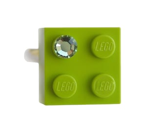 Light Green LEGO (R) brick 2x2 with a Green SWAROVSKI crystal on a Silver/Gold plated adjustable ring finding