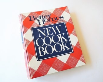 Better Homes and Gardens New Cook Book, 1989 Edition, Classic Kitchen Cook Book, Illustrated 5 Ring Hard Cover Binder, Never Used, Pristine