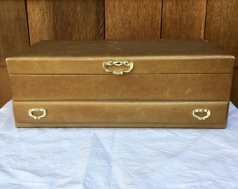 Vintage Lady Buxton Jewelry Box, Gold Faux Leather, Velveteen Interior, Good Condition