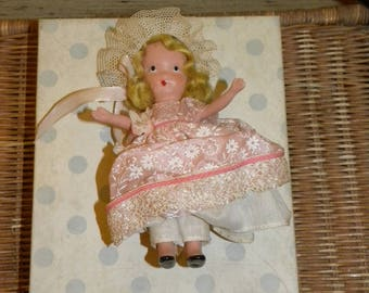 Vintage Bridesmaid Nancy Ann Storybook Doll Family Series 87 Blonde Pink Dress Moveable Arms Frozen Legs