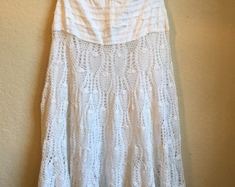 Crochet And Lace Skirt Fully Lined 100 % Cotton With A Side Zipper